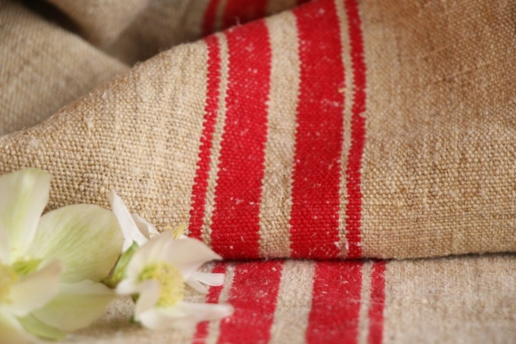 F 200 charming french linen grain sack grainsack natural brownish strawberry red