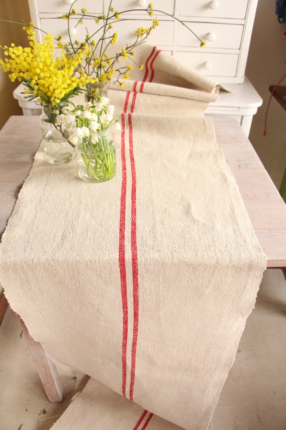 handmade antique linen table runner festive table A 001
